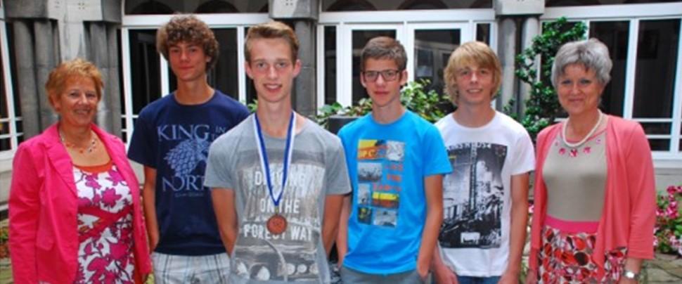 Junior Olympiade Natuurwetenschappen Sint-Catharinacollege